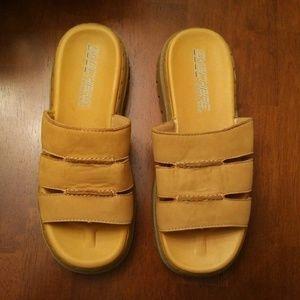 skechers sandals, size 8